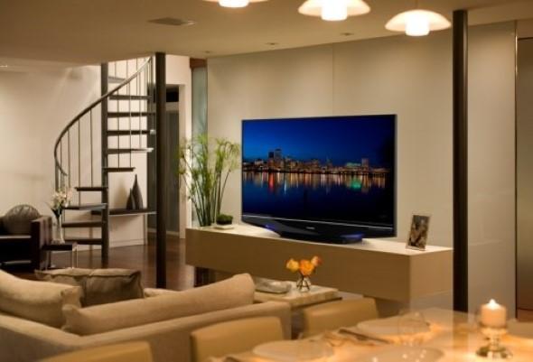 Decoração com TVs espalhadas pela casa 024