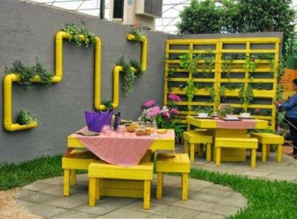 Paletes na varanda e no jardim 003
