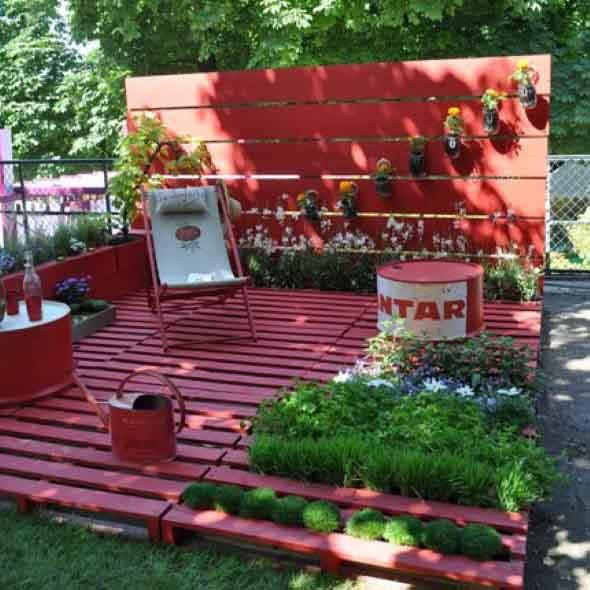 Paletes na varanda e no jardim 012