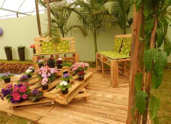 Paletes na varanda e no jardim 015
