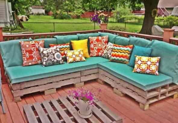 Paletes na varanda e no jardim 016