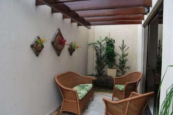 Pergolados no interior e exterior de casa 012