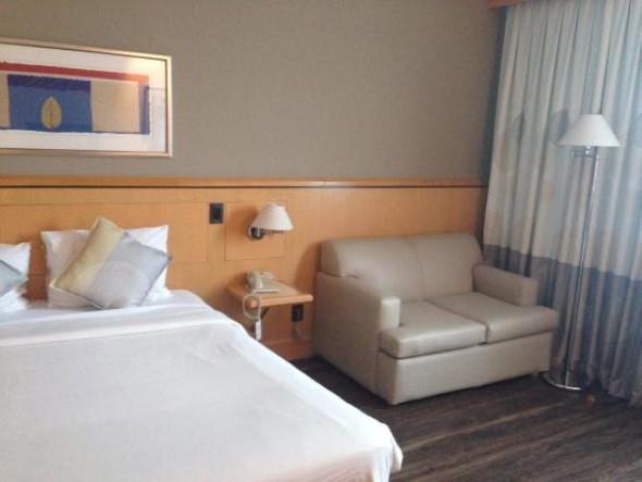 Tenha um sofá confortável em seu quarto 010
