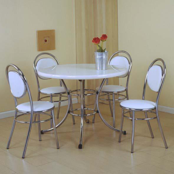 Mesas redondas na sala de jantar 011