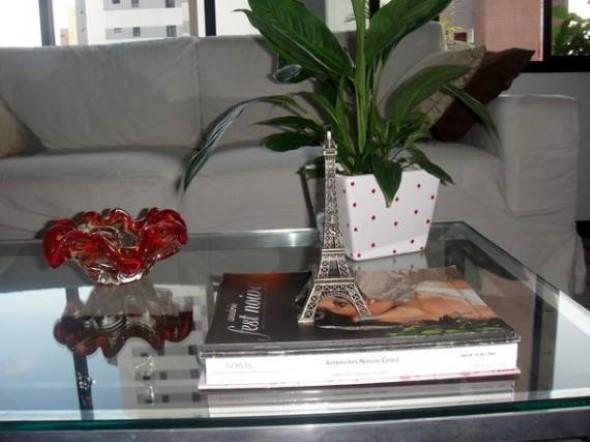 Objetos em miniatura na decoração 005