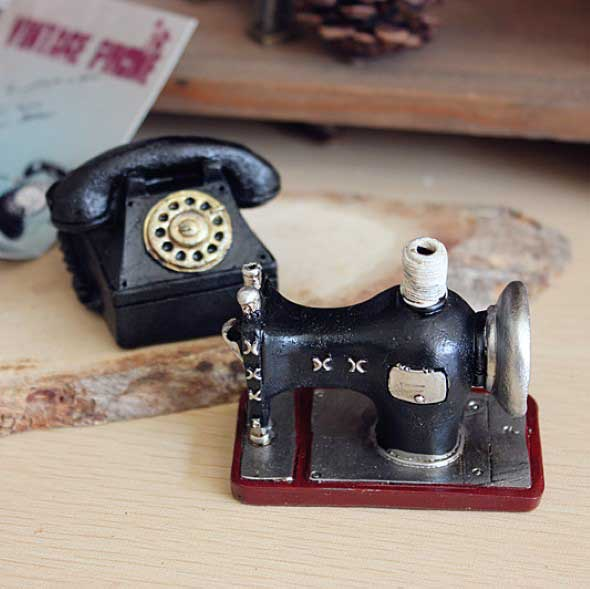 Objetos em miniatura na decoração 011