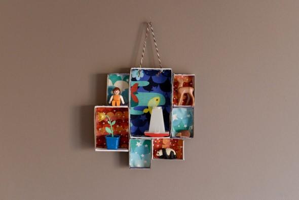 Objetos em miniatura na decoração 018