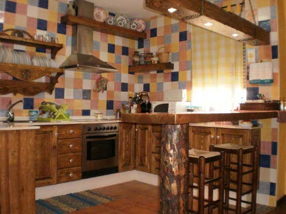 Balcão rústico na cozinha 011