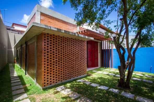 Casas modernas revestidas com tijolos 011