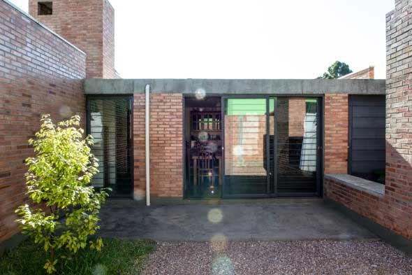 Casas modernas revestidas com tijolos 017