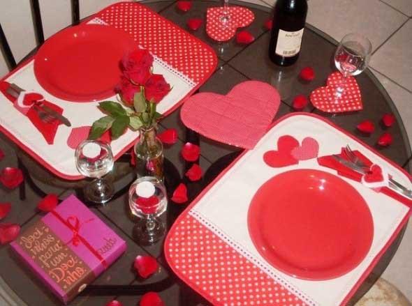 Mesa de jantar decorada Dia dos Namorados 004