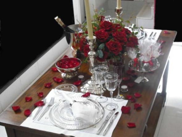 Mesa de jantar decorada Dia dos Namorados 008