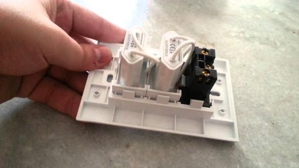 Contrate sempre um eletricista especializado na área para fazer a instalação da tomada USB.
