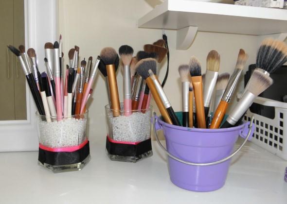 organizar pincéis de maquiagem 002