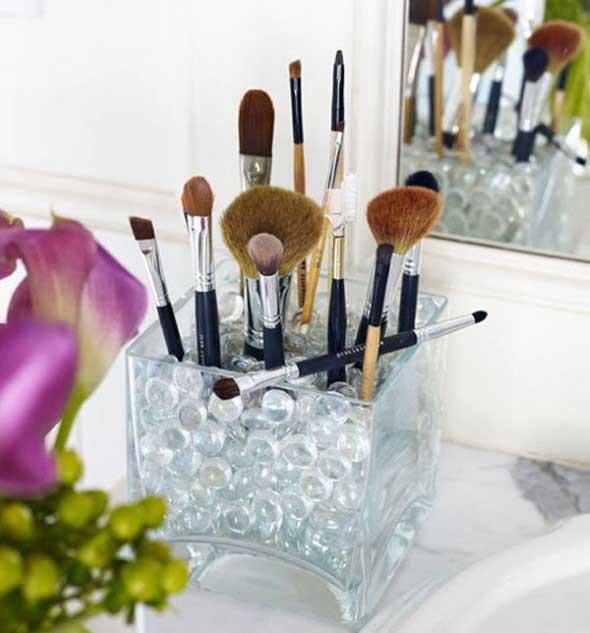 organizar pincéis de maquiagem 011