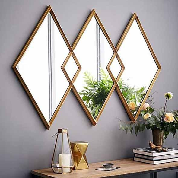 Espelhos triangulares na decoração 005