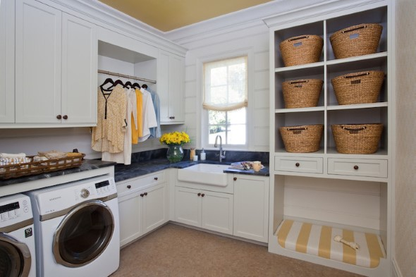 Organizar roupas na lavanderia 005