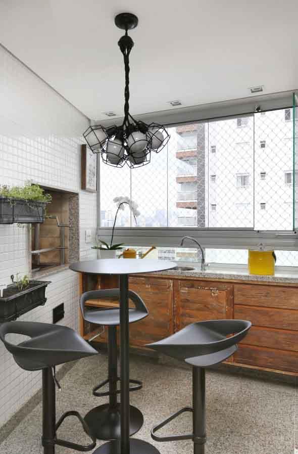 Use mesas bistrô na decoração de casa 005