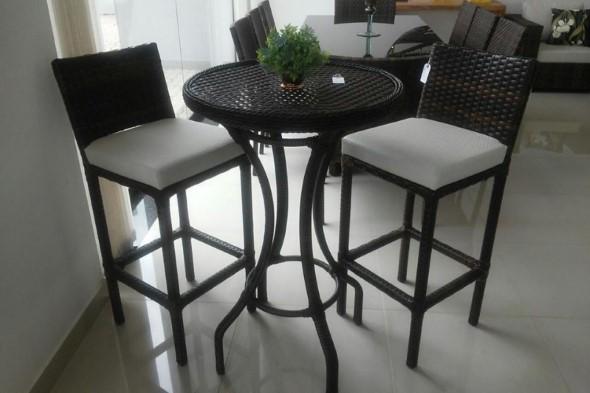 Use mesas bistrô na decoração de casa 015