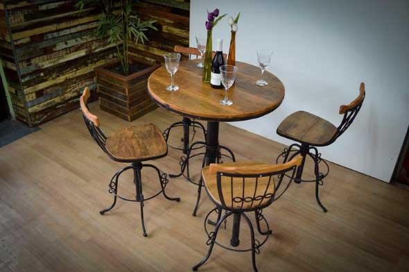 Use mesas bistrô na decoração de casa 022