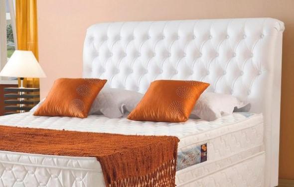 Cabeceira de cama estofada 016