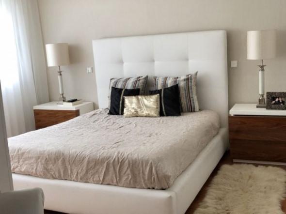 Cabeceira de cama estofada 018