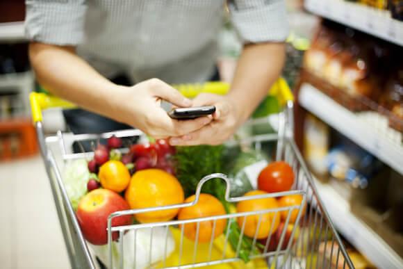 Resultado de imagem para compras em supermercado com carrinho vazio